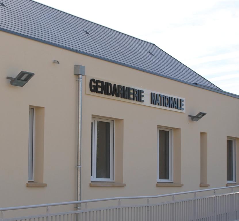 construction-de-9-logements-brigade-de-gendarmerie-nogent-le-roi-090604