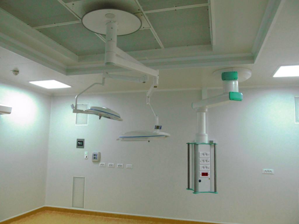 installations-de-centrales-d-air-au-bloc-operatoire-et-mise-a-niveau-de-ces-derniers-hopitaux-de-chartres-28-083022