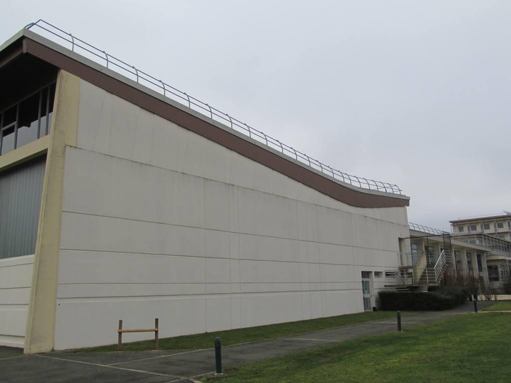 renovation-des-vestiaires-du-gymnase-site-mma-chartres-