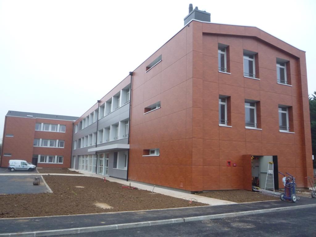 restructuration-du-college-fancois-rabelais-en-espace-multi-activites-intergenerationnel-cloyes-sur-le-loir